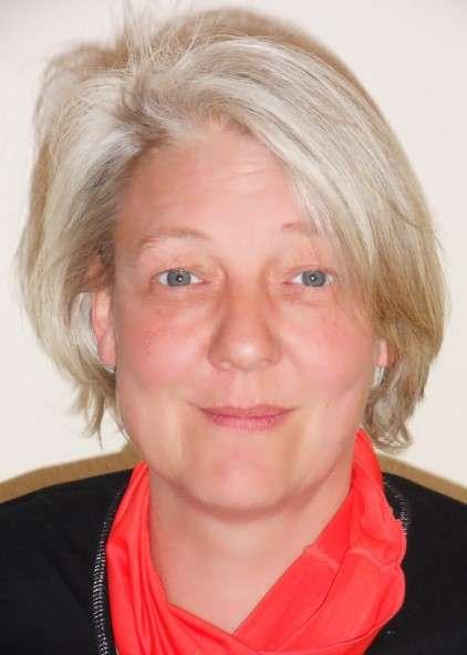 Wirbelsäulen- und Gelenktherapie mit Kerstin Schmitt