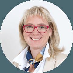 Physiotherapeutin Karin Schöffmann-Watzin leitet das FBZ
