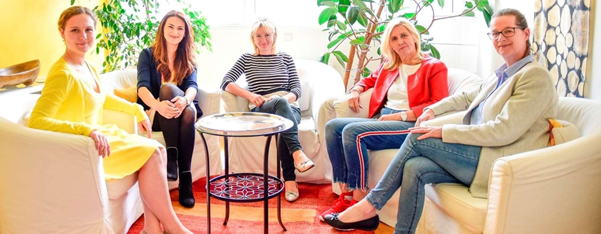 Karin Schöffmann-Watzin, Patricia Baldauf mit Team!